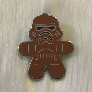 🔮 5/$25 Star Wars Stormtrooper Gingerbread Pin